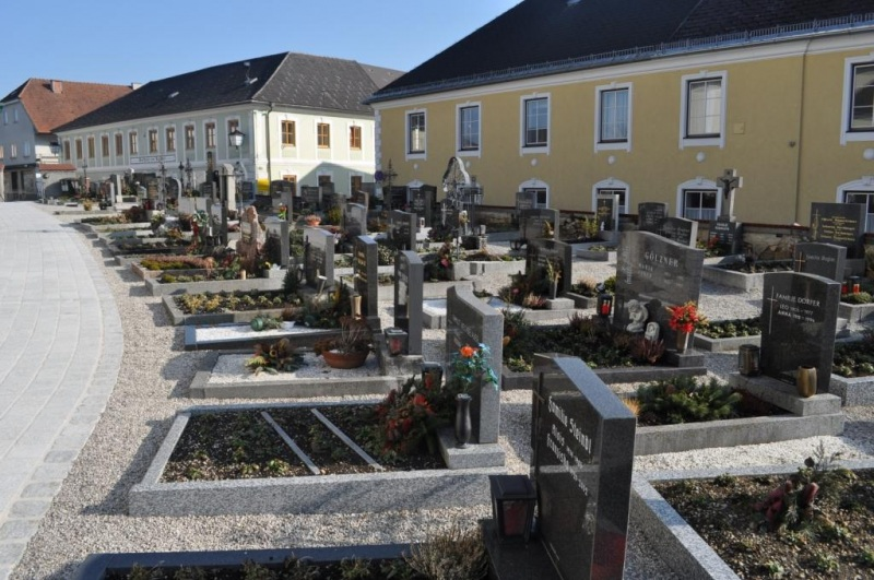 Pfarrfriedhof 2012