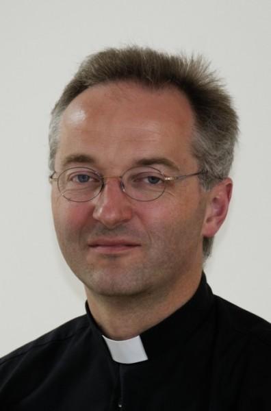 pfarrer christof may
