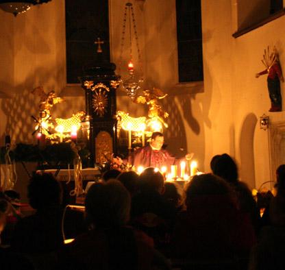 Rorate bei Kerzenlicht in Oberwölbling